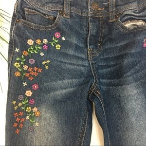 🌸Cute Cat and Jack Embroidered Jeans
